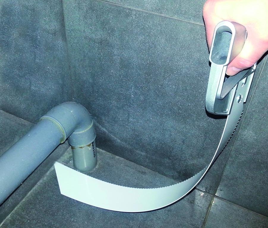 Scie pour tube PVC